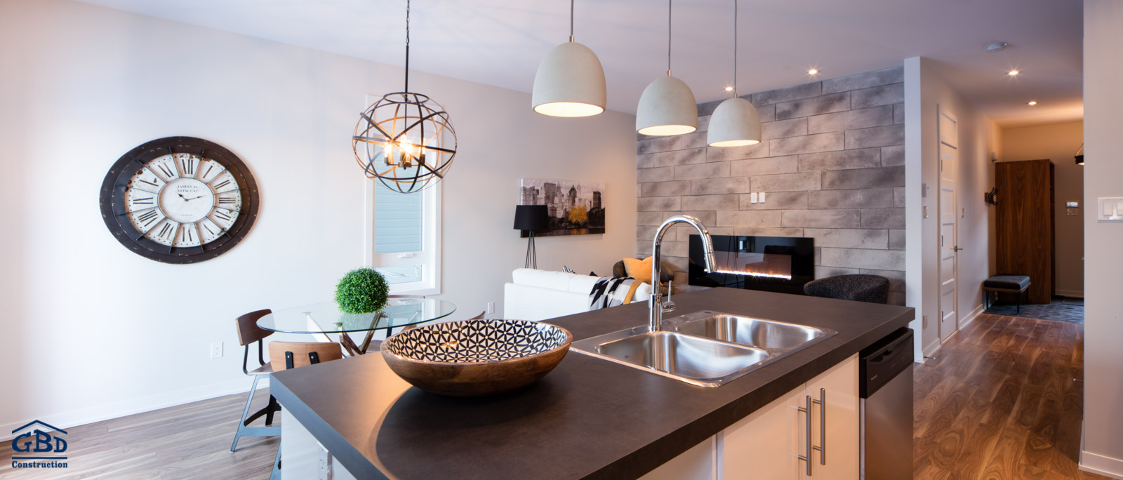 Maisons de ville neuves montreal maison moderne for Maison moderne montreal