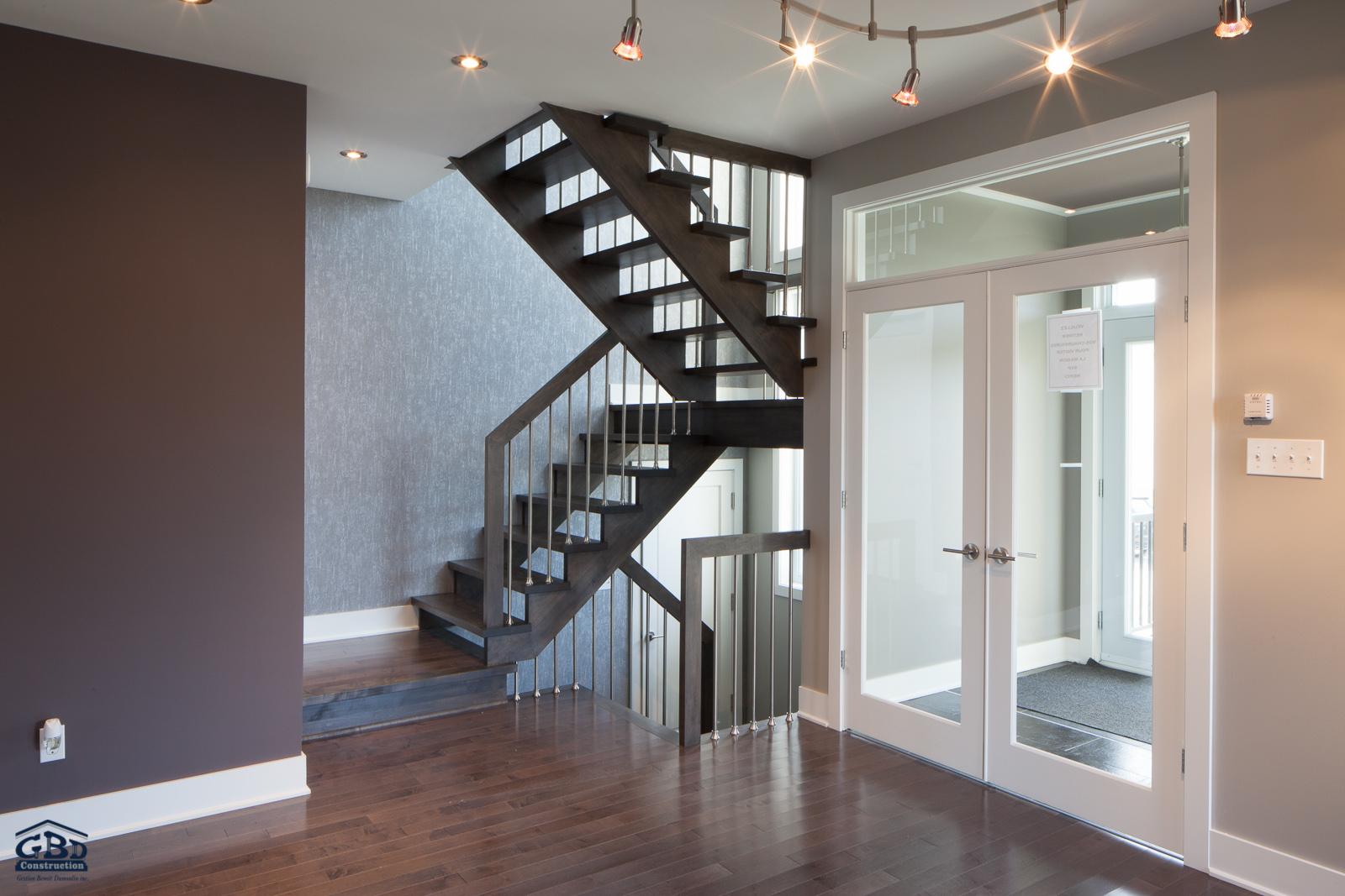 habitat 5th avenue maison neuve deux tages de type cottage gbd construction. Black Bedroom Furniture Sets. Home Design Ideas