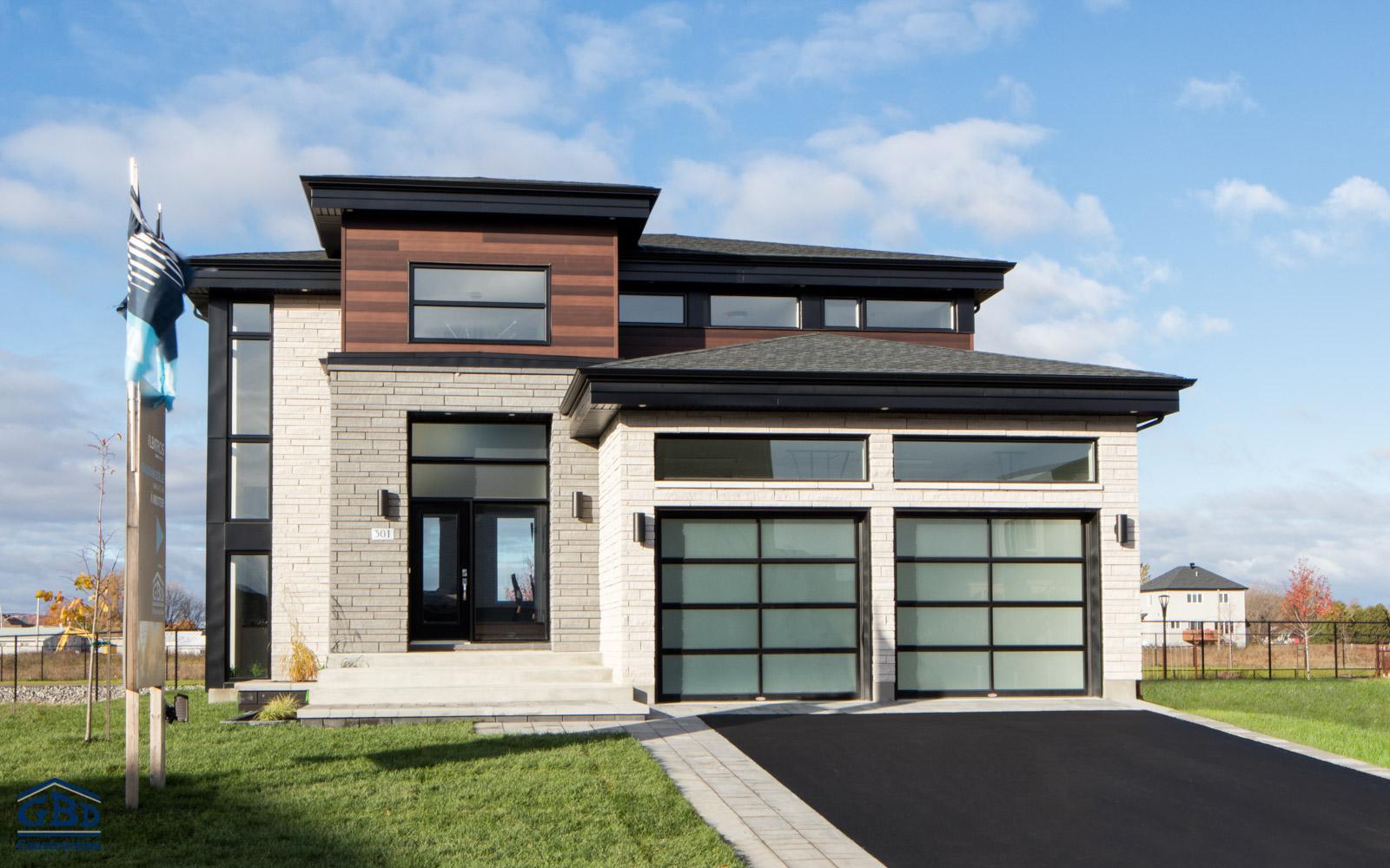 maison neuve style ancien top cool extension de maison avec une vranda bois with veranda style. Black Bedroom Furniture Sets. Home Design Ideas